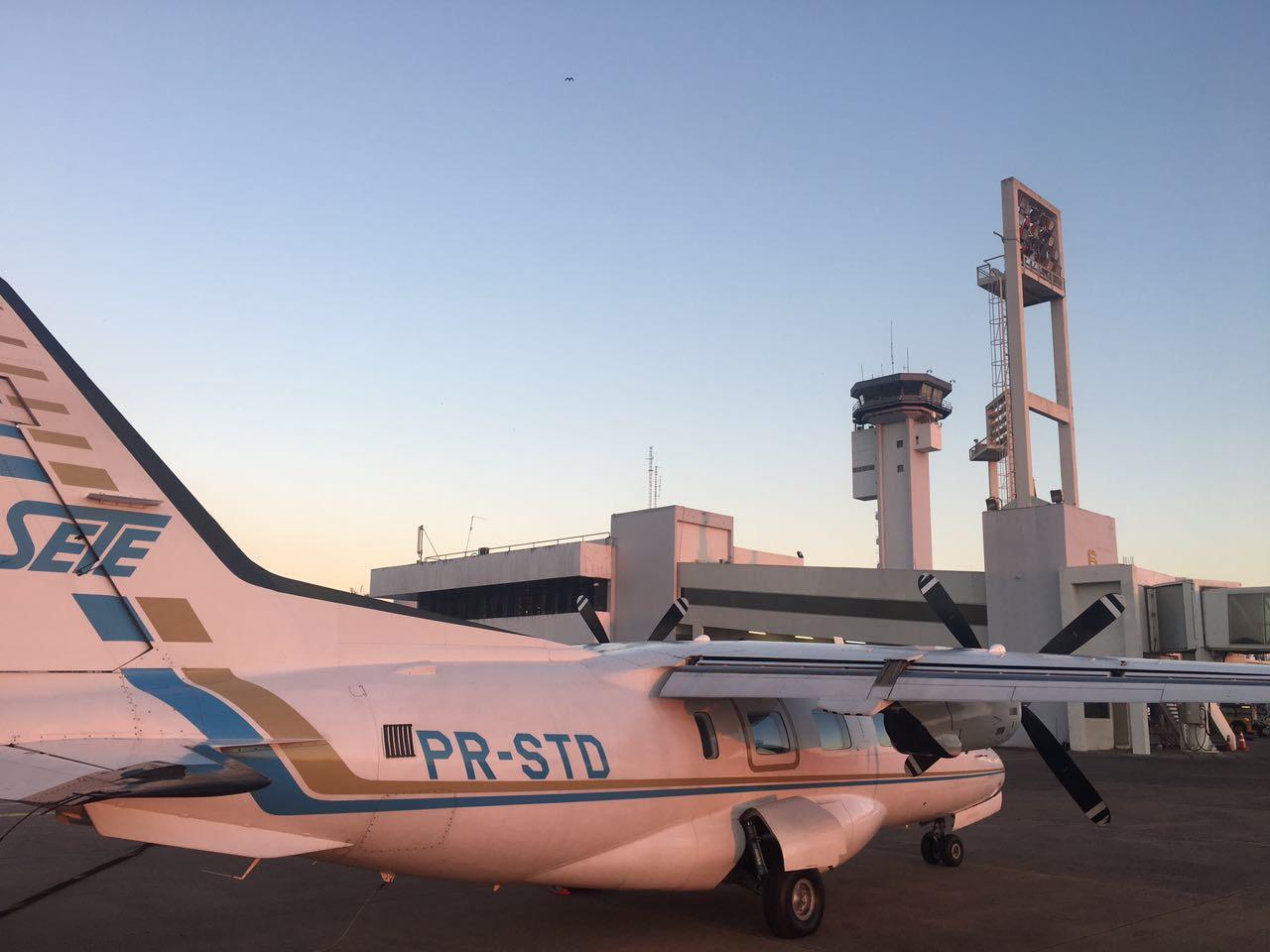 Avião UTI Aérea transporta paciente de Assunção para Brasília.