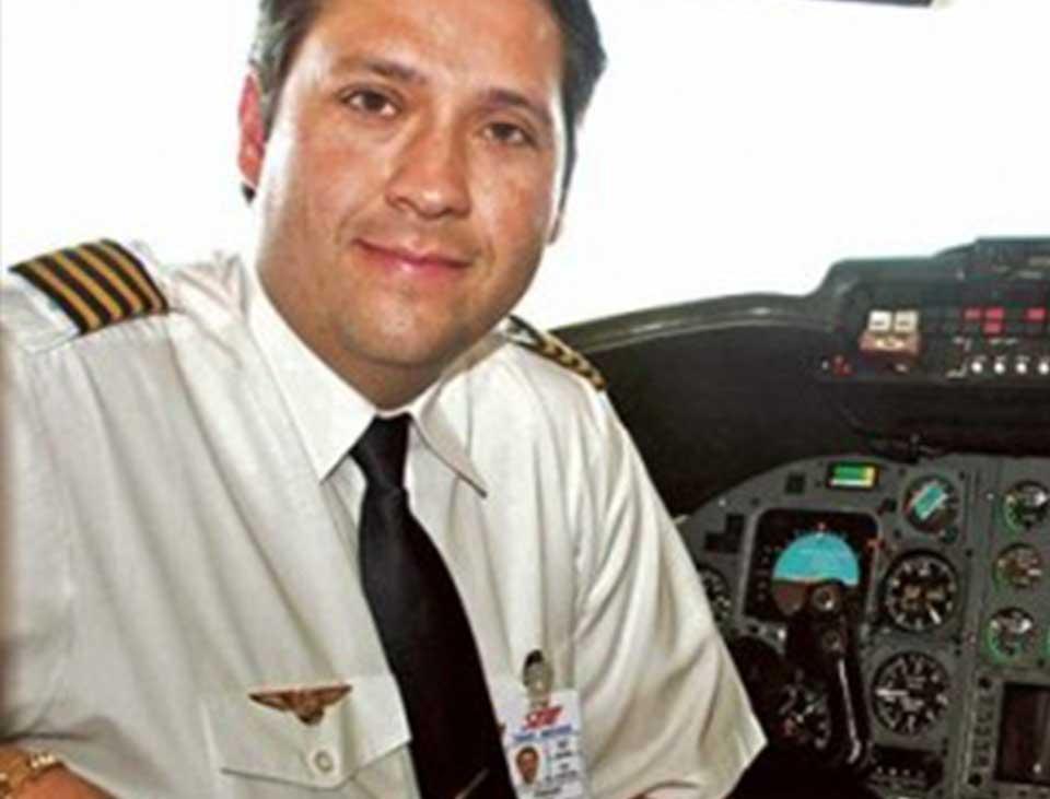 Transporte cantor Pedro Leonardo