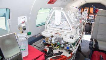transporte aeromédico neonatal UTI Aérea Turbo Hélice