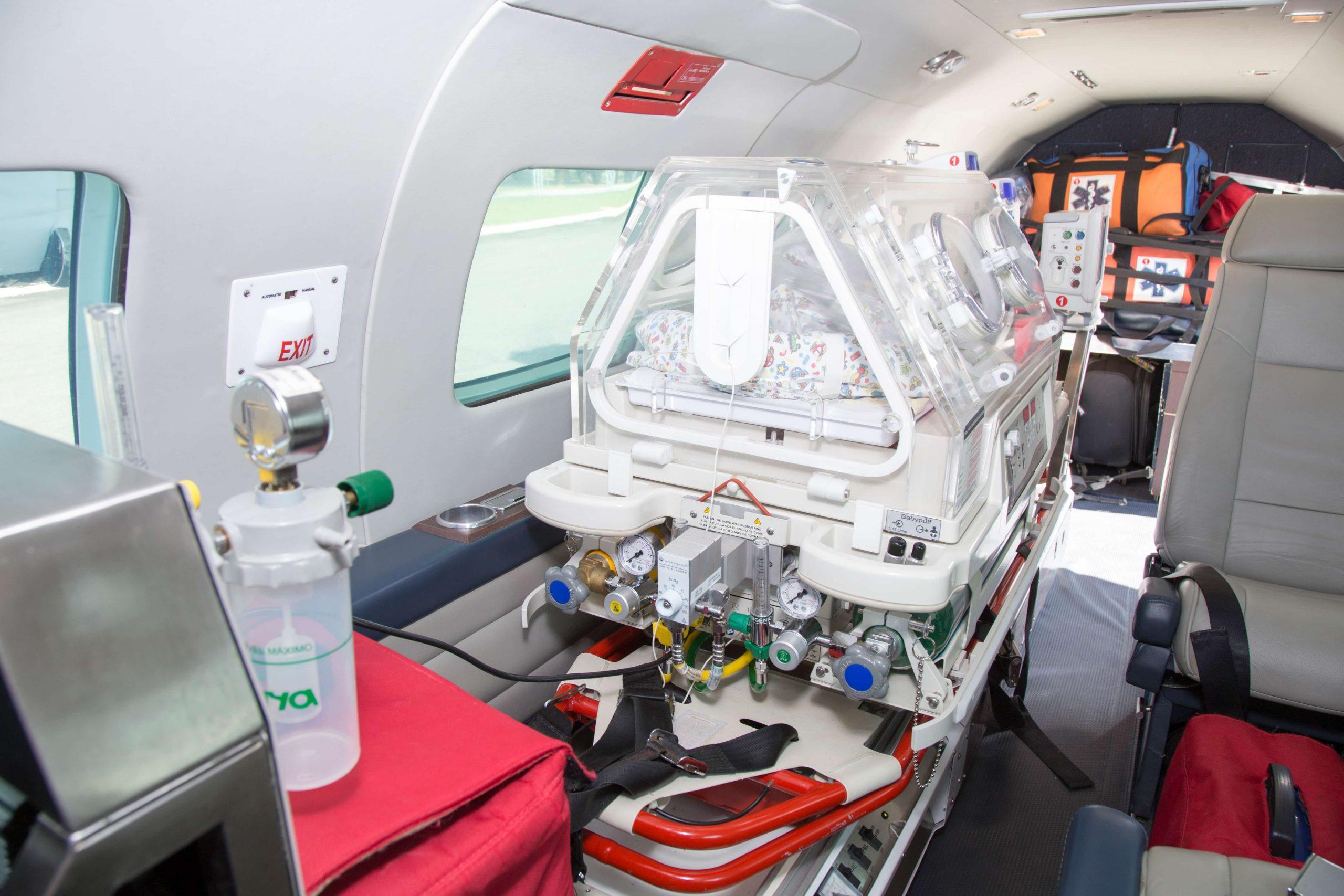 transporte aeromédico neonatal